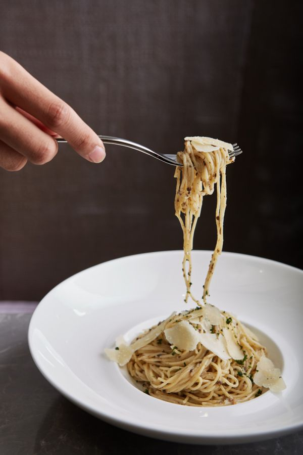 LADY L : Homemade Angel Hair with Truffle Cream Sauce